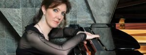How does a pianist prepare her mind for Mozart?