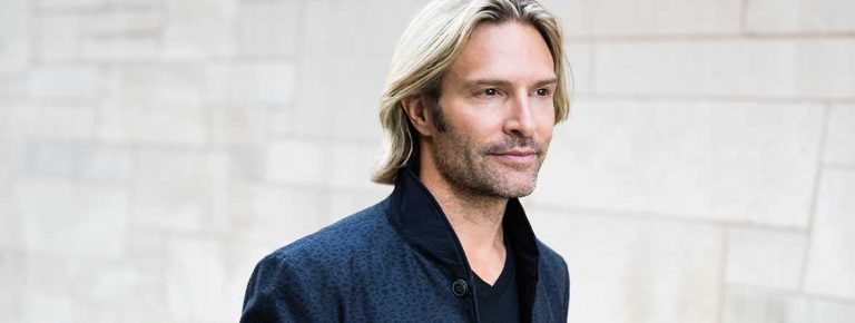 Eric Whitacre: Superstar composer and space nerd