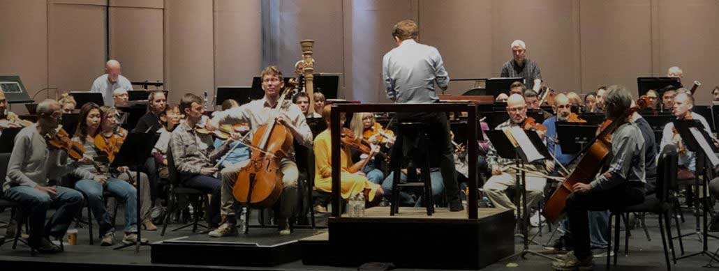 Read more about the article More cowbell! Bates Cello Concerto delivers that and more